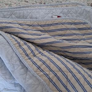 TOMMY HILFIGER TWIN REVERSIBLE BED SPREAD
